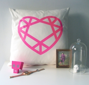 neon-pink-cushion-styling-WEB