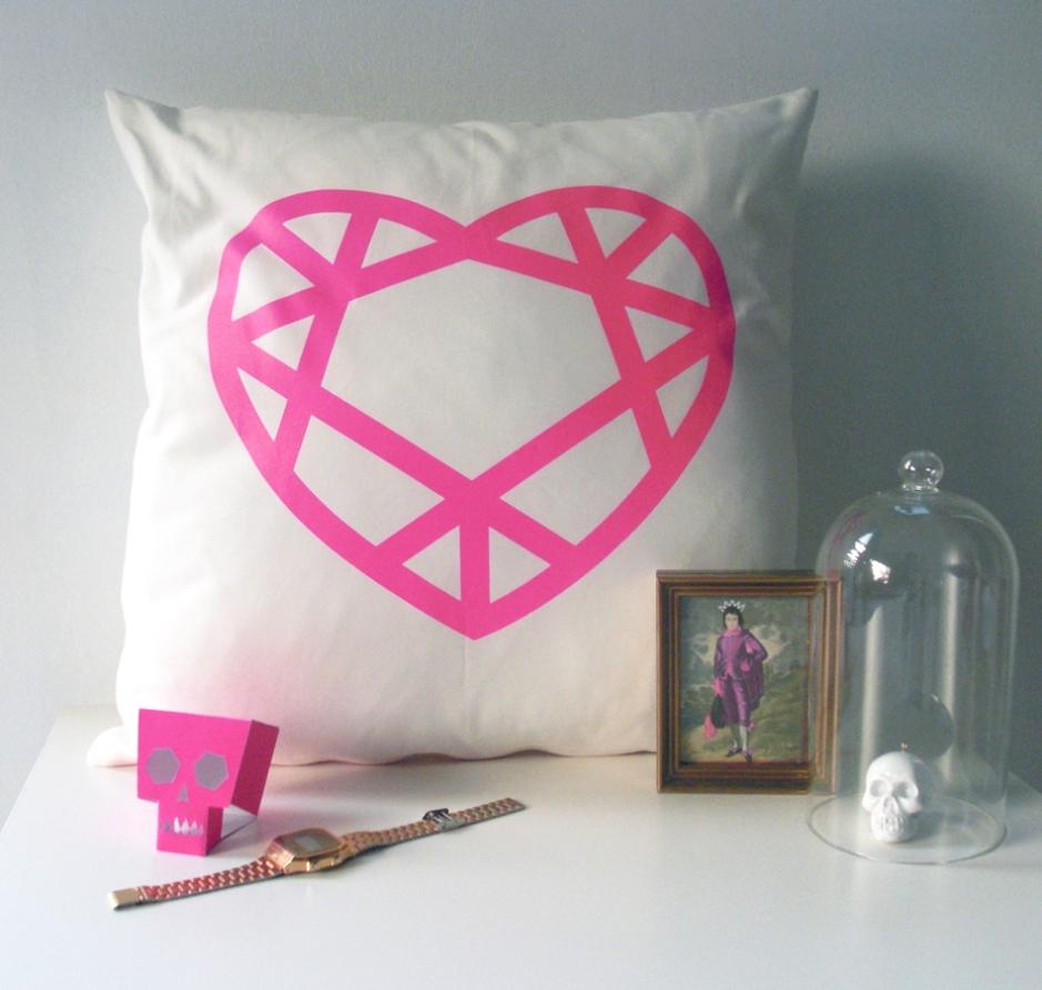 neon-pink-cushion-styling-WEB
